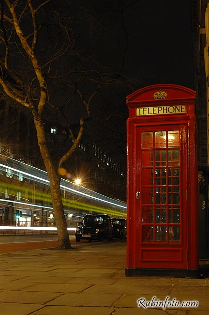 London_night_movement003.jpg