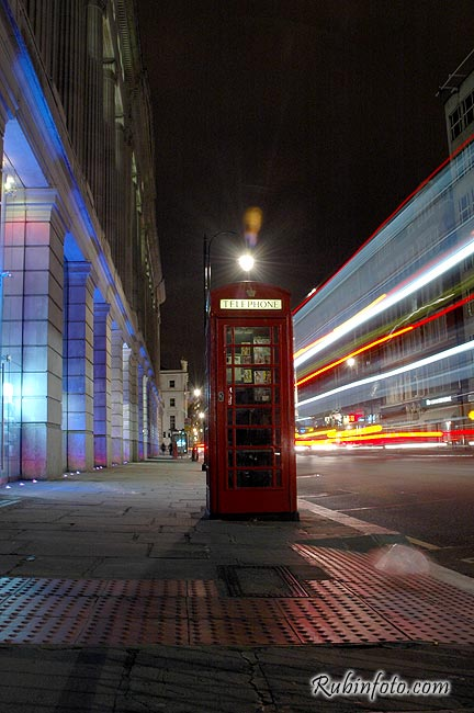 London_night_movement005.jpg