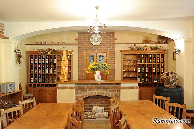 Pivnica_Radosina_088.jpg